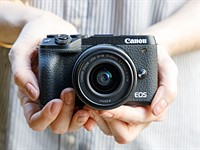 Hands on with the Canon EOS M6 II