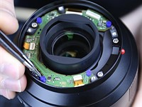 All those moving elements: LensRentals looks inside the Leica SL 24-90mm F2.8-4