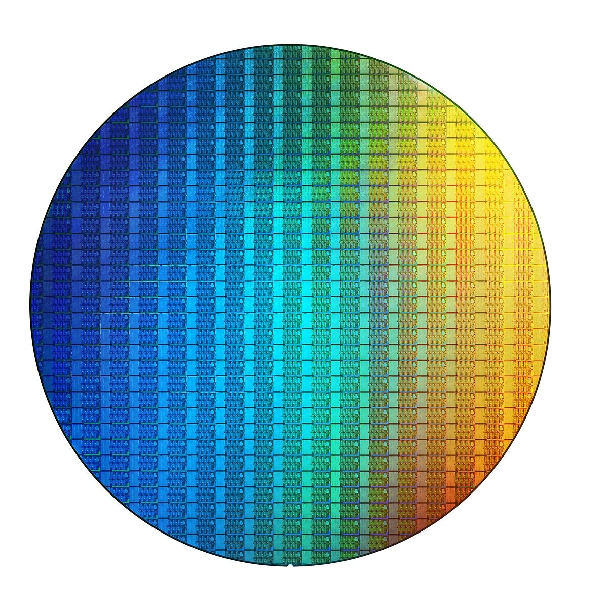 Intel's 8th generation desktop CPUs can edit 4K 360-degree video 32