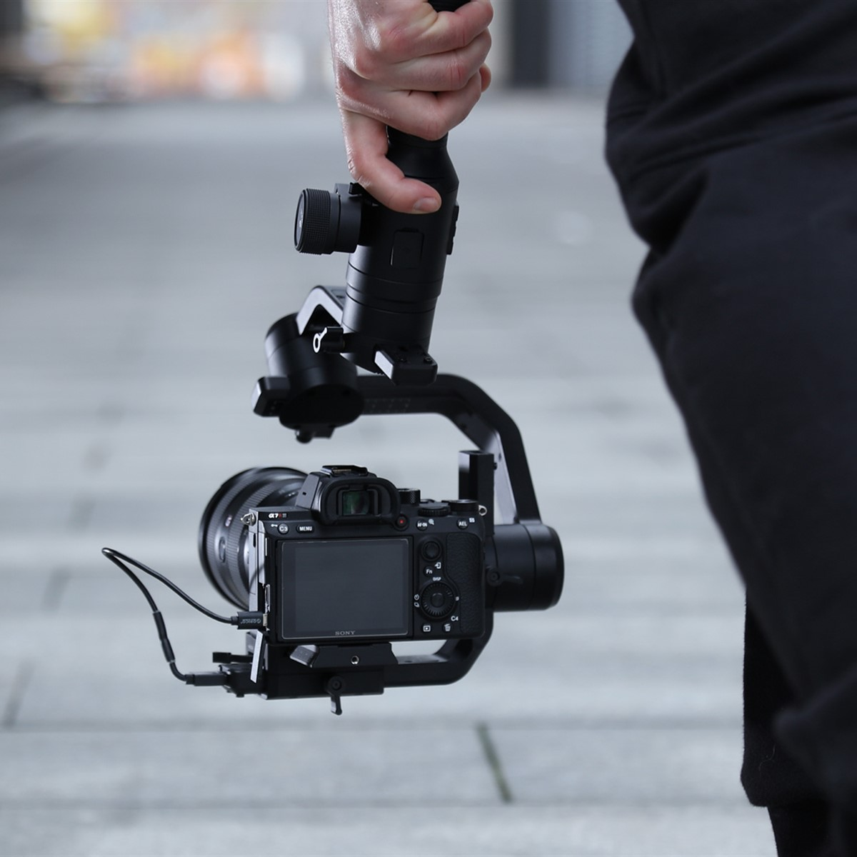 DJI announces price and delivery date for Ronin-S gimbal: Digital  Photography Review