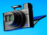 Sony Cyber-shot DSC-RX100 VII Review