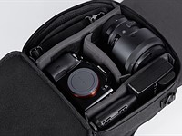 VENQUE Transformer A modular backpack has an expandable camera bag