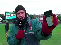 Humor: Sports reporter tries to pass off iPhone calculator as 'light meter'