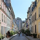 Photogenic Paris street seeks to ban Instagrammers certain times of the week