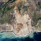 Before and after photos show Big Sur landslide