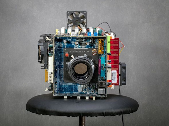 Photographer turns old computer parts into functional large format