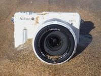 Swimming with the Nikon 1 AW1