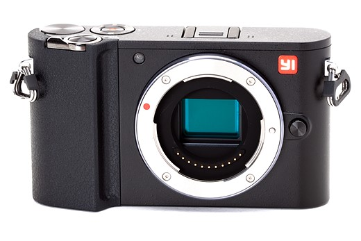 YI enters the mirrorless race with the M1 1