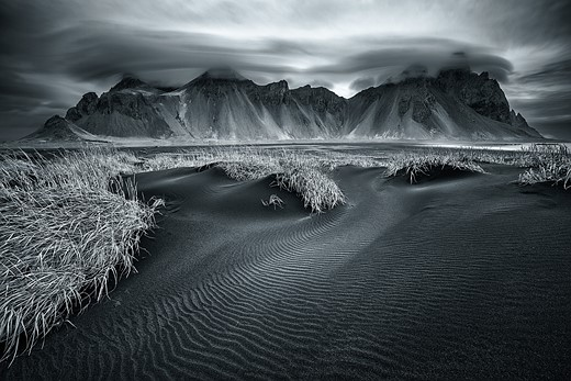 In praise of shooting monochrome landscapes 1