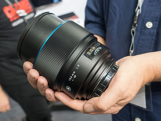 Photokina 2016: Hands-on with Phase One 45mm F3.5 and 150mm F2.8 'Blue Ring' lenses 3