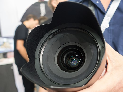 Photokina 2016: Hands-on with Phase One 45mm F3.5 and 150mm F2.8 'Blue Ring' lenses 5