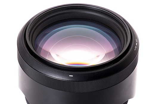 Has a new champion been crowned? Sigma 85mm F1 4 Art lens