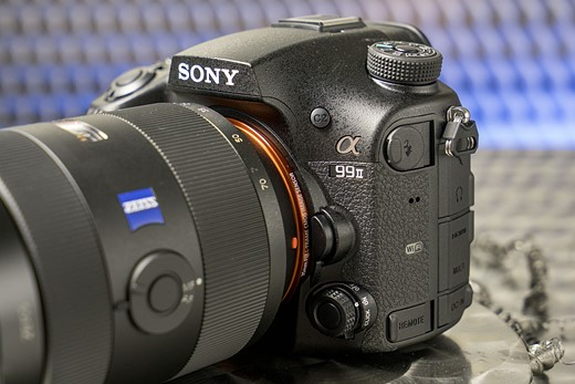 Photokina 2016: Hands-on with Sony a99 II 2