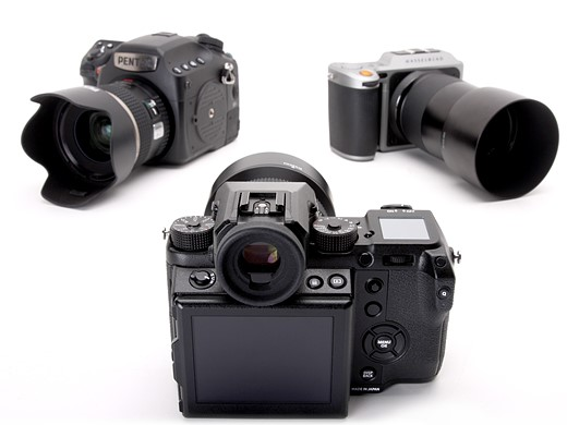Fujifilm GFX 50S vs Pentax 645Z vs Hasselblad X1D 6