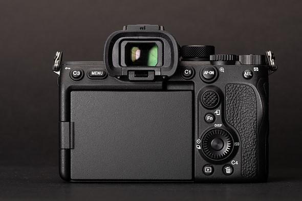 المراجعة الشاملة لكاميرا سوني a7S III