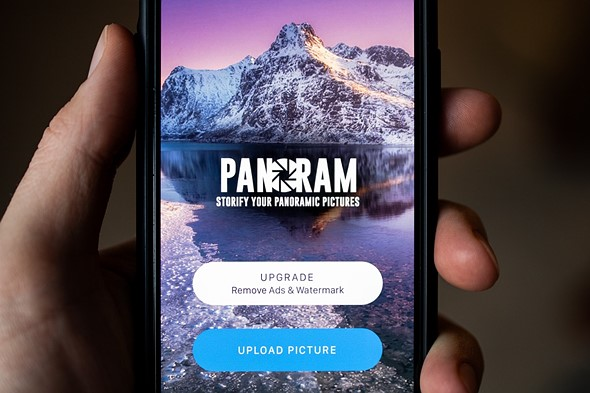 Panoram app will split your panoramas up for easy posting to