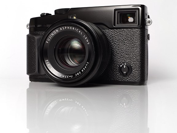 Fujifilm releases firmware updates for X-T2, X-Pro2 and two lenses