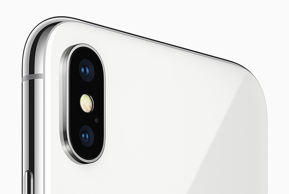 Apple iPhone 8 Plus offers dual stabilized dual-cam, iPhone X goes edge-to-edge 2