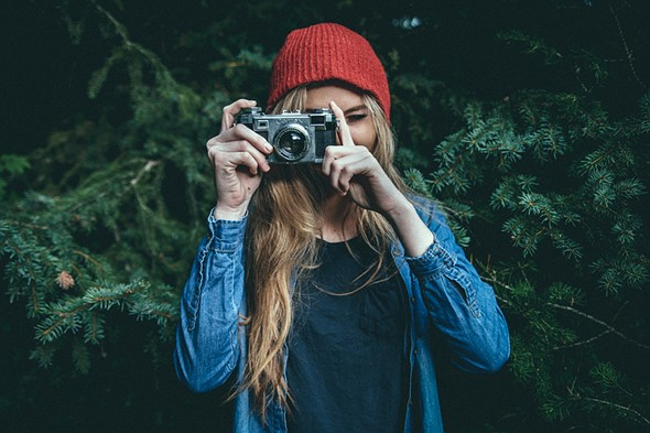 Parachut is a subscription service for borrowing expensive camera gear 1