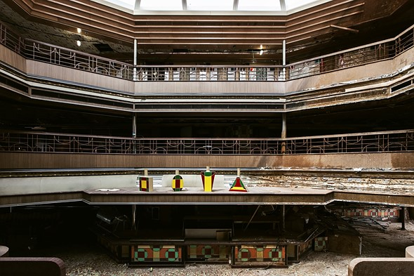 Haunting photos from inside the wrecked cruise ship Costa Concordia 12