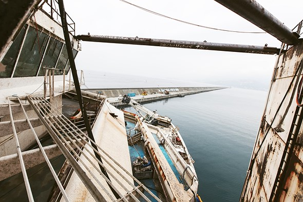 Haunting photos from inside the wrecked cruise ship Costa Concordia 16