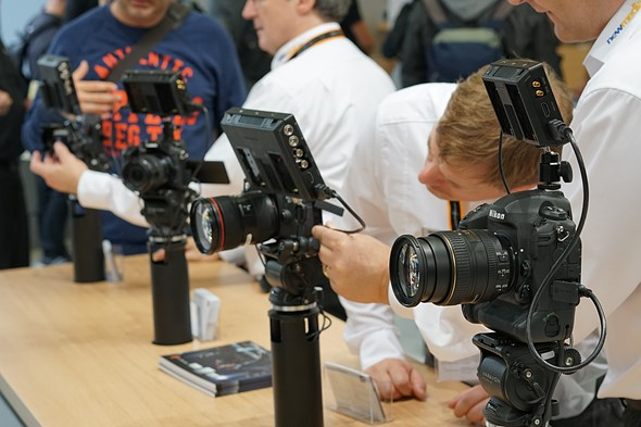 Blackmagic Design shows off Video Assist monitor/recorders 2