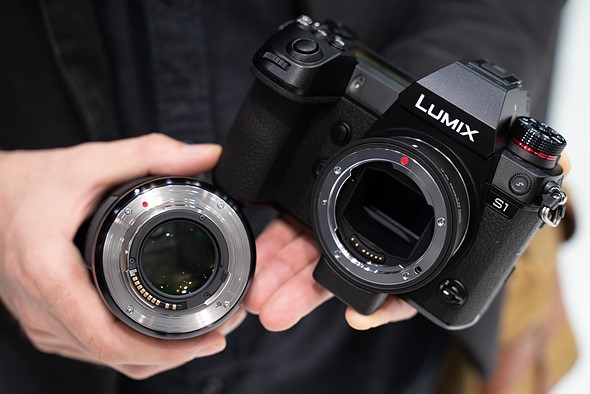 Won't need firmware updates for future lenses