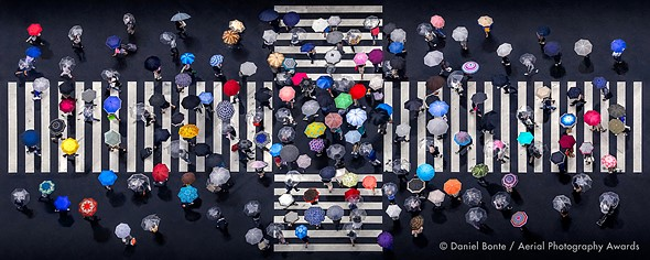 """Aerial Photographer of the Year 2020, 1st Place, Patterns: 'Umbrella Crossing' by <a href=""""https://www.danielbontephotography.com/"""" rel=""""noopener"""" target=""""_blank"""">Daniel Bonte</a> (Japan)"""