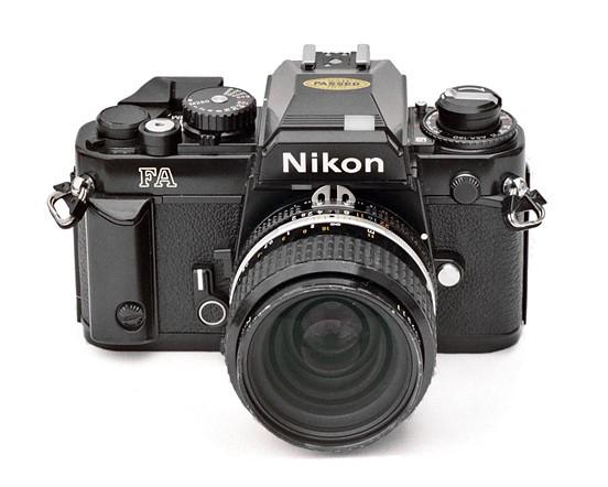 35mm F2 AIS Nikkor