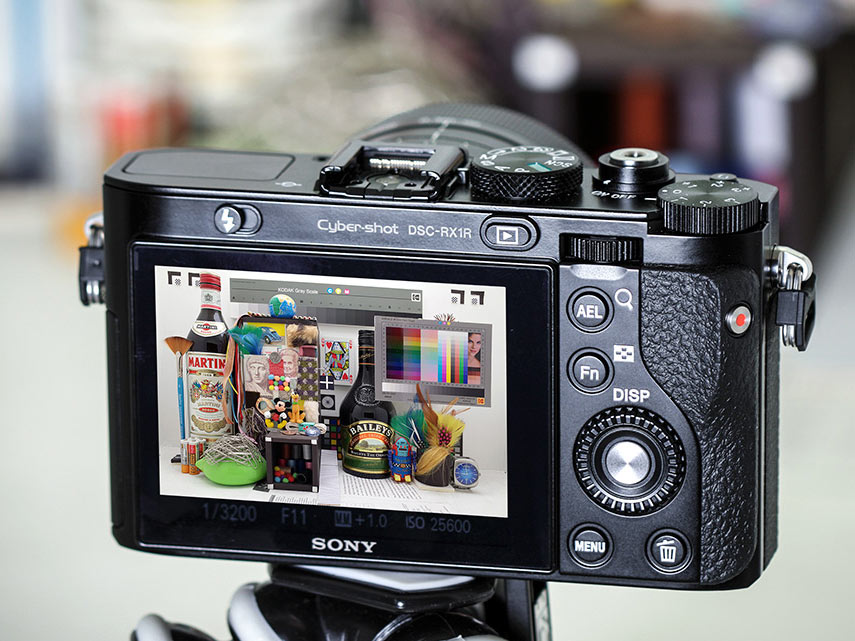 Sony Cyber-shot RX1R Preview