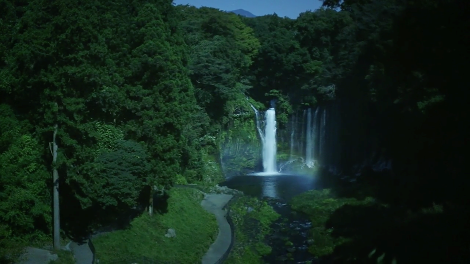 Extremely dramatic video touts Canon's CMOS technology