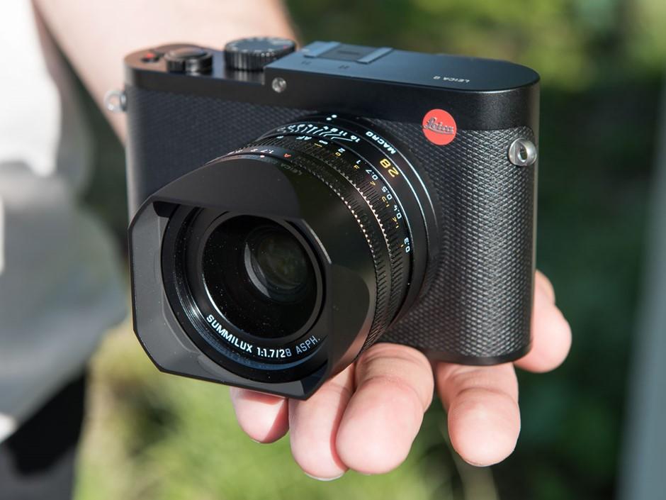 Das Ist Gut Hands On With The Leica Q Digital