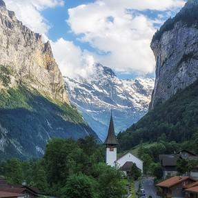 Kit lens in Switzerland