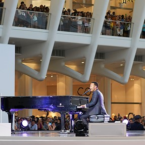 John Legend at the Oculus!