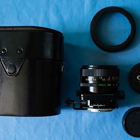 Canon FD 35mm F2.8 TS lens