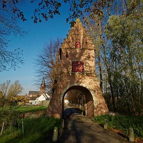 P330 - Castle of Ooidonk (Belgium)