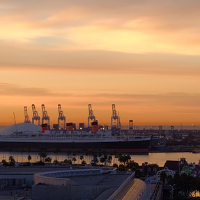 Queen Mary w/ the x30