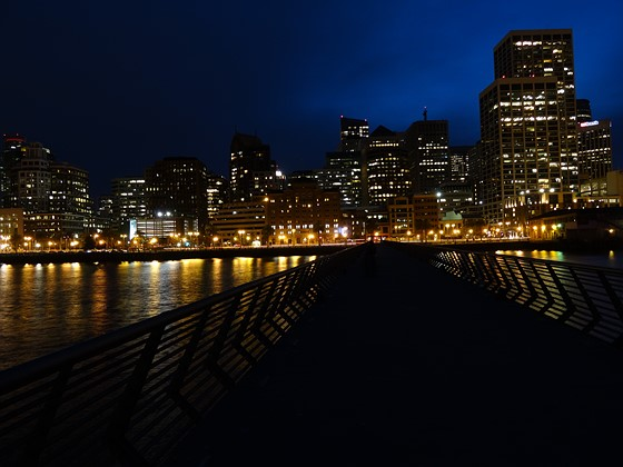 Night Skyline photography- beginners questions: Beginners