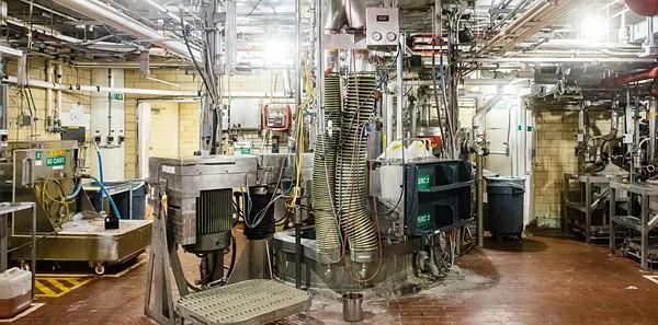 Look inside the factory where Kodak Ektachrome is (re)born: Digital