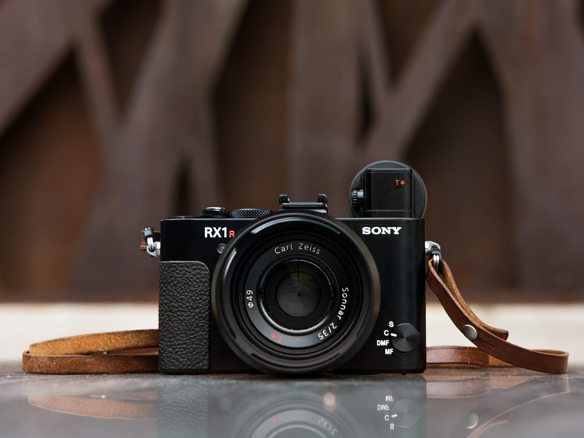 Perfect Ultra Compact: Sony Cyber Shot RX1R II Review: Digital Photography Review